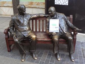 ウィンストン・チャーチル首相とフランクリン・ルーズベルト大統領