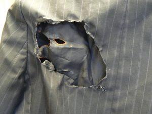 ジャケットが燃えた