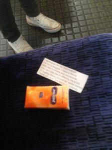 電車の中で見た光景
