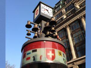 レスター・スクエアの時計