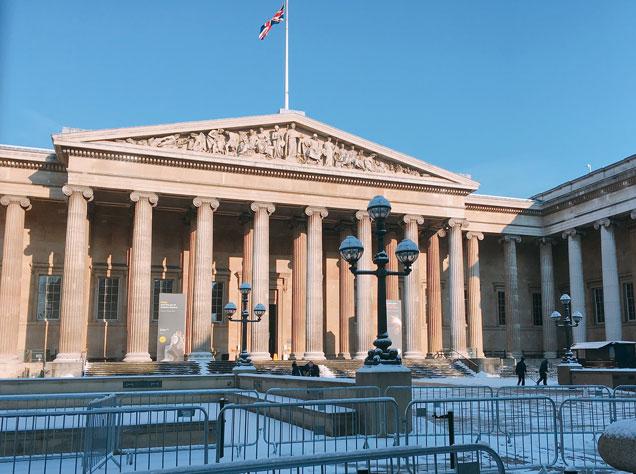 雪の大英博物館