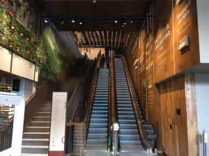 eataly escalator